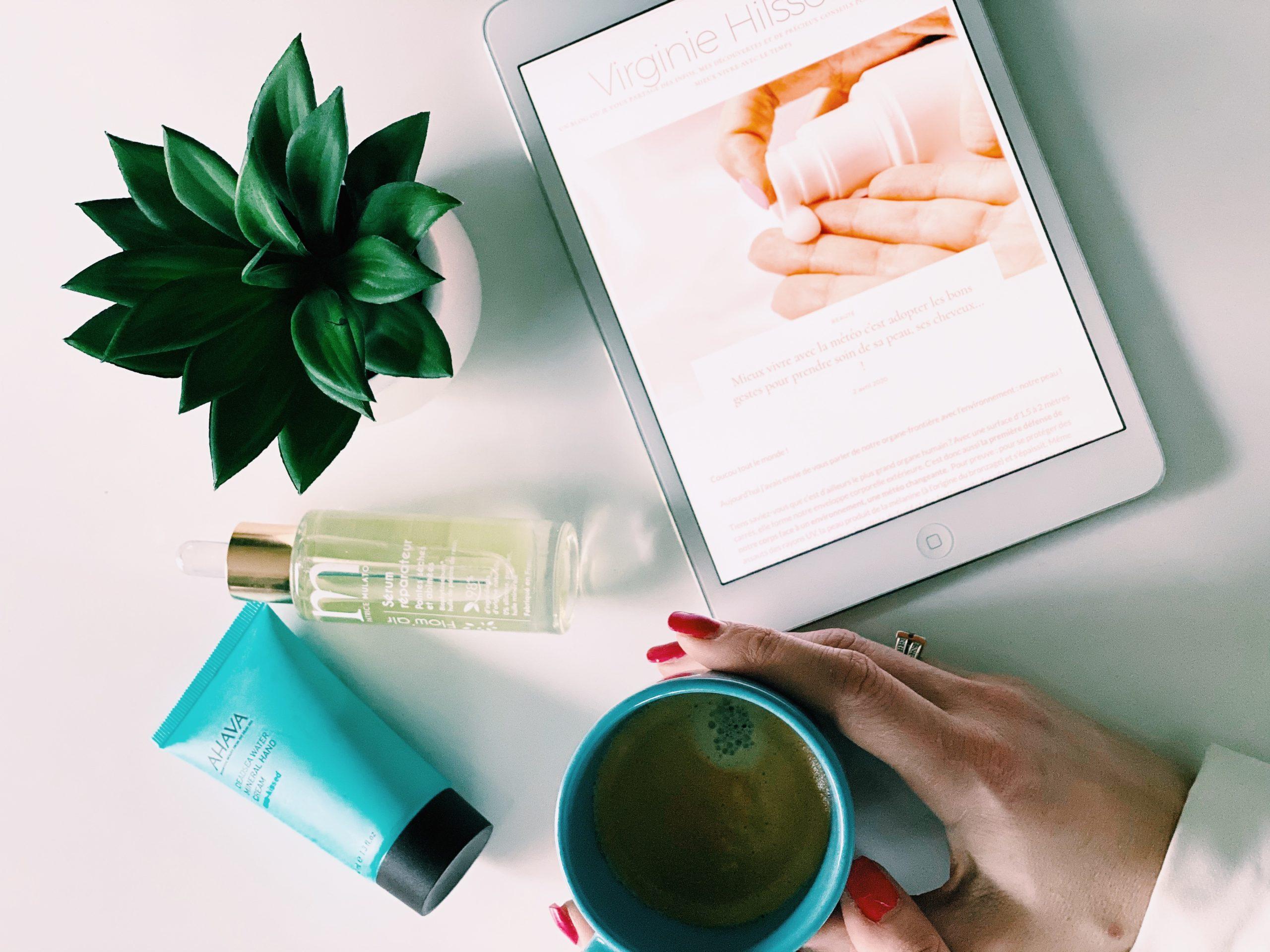 Voilà pourquoi prendre soin de sa peau, ses cheveux… nous aident à mieux vivre avec le temps !